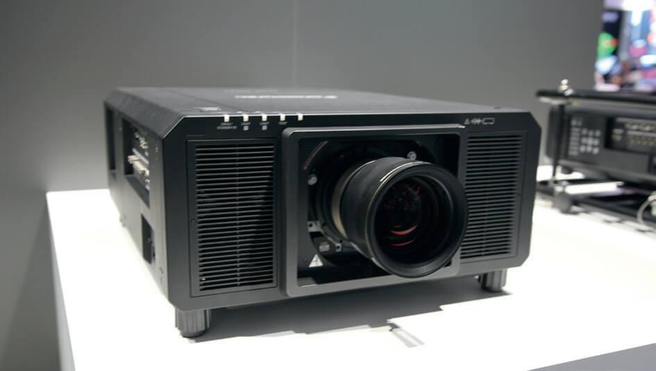 Panasonic PT-RQ22K